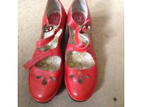 Ladies size 5 Fly London shoes