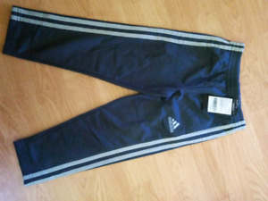 New childs size 5 Adidas pants. Never worn!