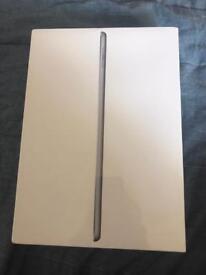 "Apple iPad 9.7"" 32GB Wifi + Cellular (2017) - Space Grey"