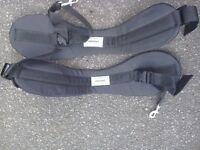 Open top kayak thigh straps
