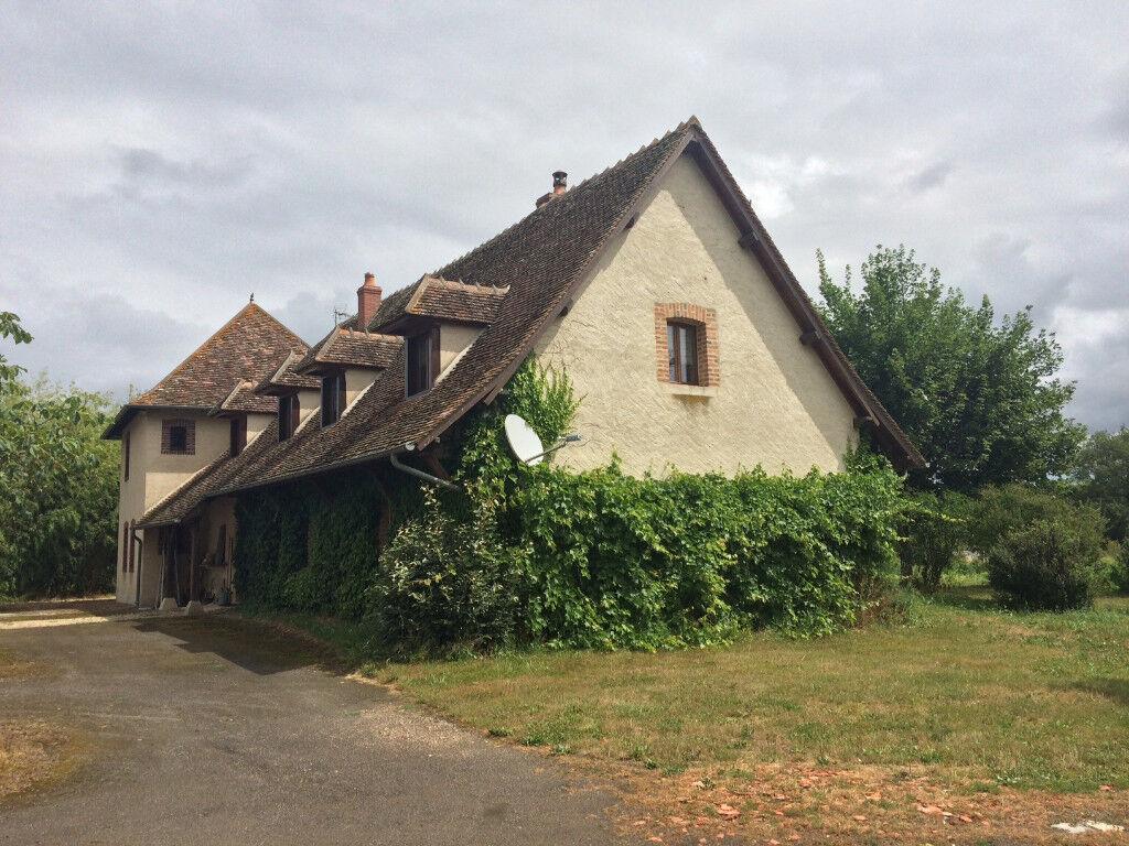 Charming Property in Bourgogne ( France )
