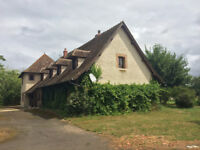 Charming Property in Bourgogne ( France )