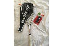 Dunlop squash racket W/3 new balls