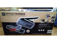 New Guillotine &Rotary trimmer cuts straight and wavy lines look at pics - ideal for arty types!
