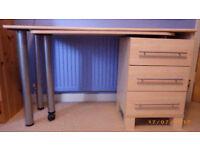 Extendable Ikea Student Desk