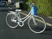 VINTAGE LADIES LADY RALEIGH CAPRICE LIZ PEPPERELL TOWN BICYCLE BIKE 3 SPEED BIKE