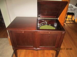 Rare Perfect Working Console Style GRAMAPHONE