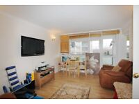 To let one bed room flat fully furnished IG8 7BQ