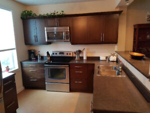 3 bdrm fully furnished house close to HSC, U of W and downtown