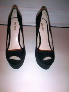 NINE WEST BLACK SUEDE WOMEN'S OPEN TOE HIGH HEEL SHOES
