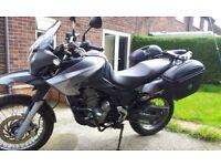APRILIA PEGASO 660 TRAIL ADVENTURE MOTORCYCLE FOR SALE. GIVI LUGGAGE, FULL MOT