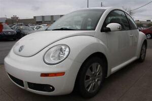 2010 Volkswagen New Beetle 2.5L, AUT, A/C, MAGS, TOIT, BAS KM.
