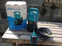 Submersible Water Pump Auto 240v