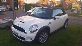 1.6 Cooper S Convertible - Pepper white - low mileage - 2 owners