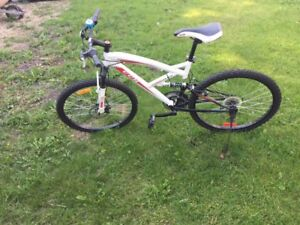 Like New Teen Shimano CCM Mountain Bike for Sale
