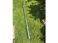5ft Olympic Barbell. Great condition.