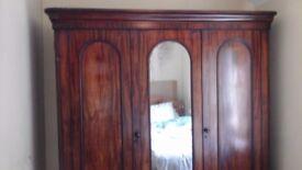Victorian mahoganay wardrobe