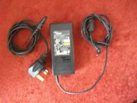 FUJITSU SIEMENS Laptop Power Supply (charger)