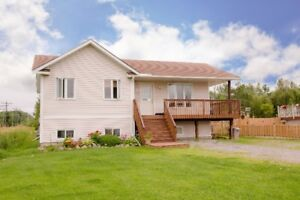 Great Family Home In West Nipissing/ Sturgeon Falls
