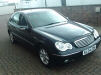 2004 04 MERCEDES C180 1.8 KOMPRESSOR AUTOMATIC ** ONLY 83000 MILES ** VERY HIGH SPECIFICATION **