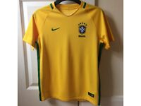 Boys Nike Brazil Football Home Shirt 2016/17 Size 11-12 Years -NEW- RRP £52