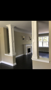 GORGEOUS 4. BEDROOM HOME ON LAKE FOR RENT/LEASE TO OWN