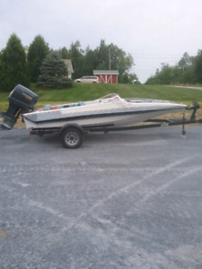 Bow rider boat          Not interested in Trades