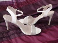 Ladies Wedding Party Prom Pearl/Diamante Sandals