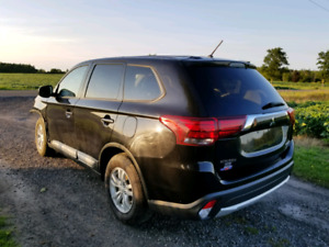 2016 Mitsubishi Outlander AWC, damaged no brand