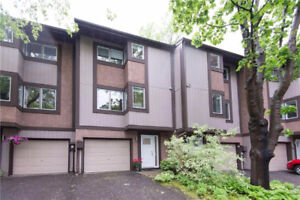 Condo/Townhome in Kanata~ No Rear Neighbours - GREAT Location!