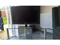 LG 32inch LCD TV with stand, perfect working condition