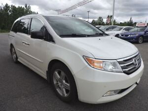 2012 Honda Odyssey TOURING / CUIR/ DVD / NAV / TOIT OUVRANT