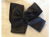 *New* 6 inch Black Hair Bow