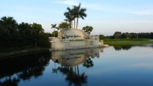Beautiful Florida condo in gated golf community