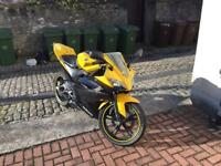 Yamaha yzf r125 anniversary edition real head turner for a 125