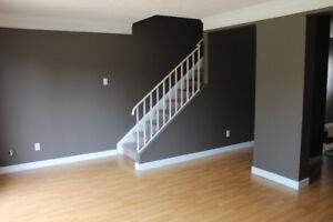 3 Bedroom Newly Painted Townhouse