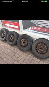 195/65 R15, 4 FIRESTONE winterforce tires with rims