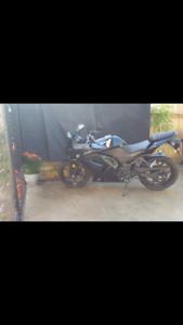 BEAUTIFUL well cared for 2011 Kawasaki Ninja Bike for sale
