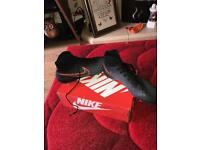 Men's Nike magista sock football boots size 10.5 used but in very good condition