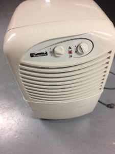 Kenmore Dehumidifer 2-speeds