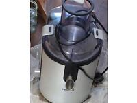 Philips HR1861 Whole Fruit Juicer