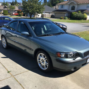 2004 Volvo S60 Fully Loaded Sedan