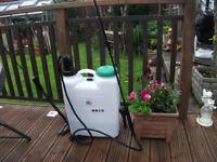 Backpack Pressure Pump Sprayer 16L Weedkiller, fence sprayer, Carpet Cleaner, car etc B&Q £60!!