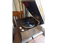 Vintage Columbia gramophone / record player and assorted 78rpm records