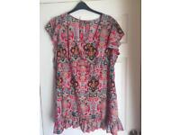 """JOE BROWNS LONG TOP SIZE 24 """"""""IMMACULATE"""""""""""