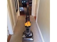 Excellent Dyson Dc33 allfloors upright free delivery