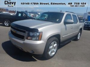 2007 Chevrolet Avalanche LT2 4WD  Power Seats - Heated Washer