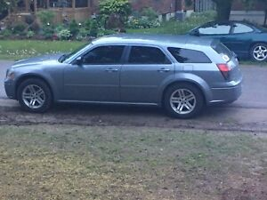 2006 Dodge Magnum great shape