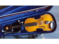Violin with hard case. Full size.