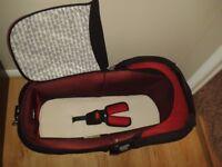 Jane carrycot/car seat